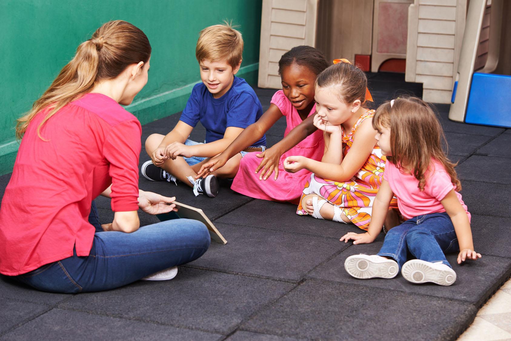 l'éducation montessori et l'école bilingue
